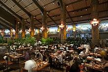 restaurant_islandfeast